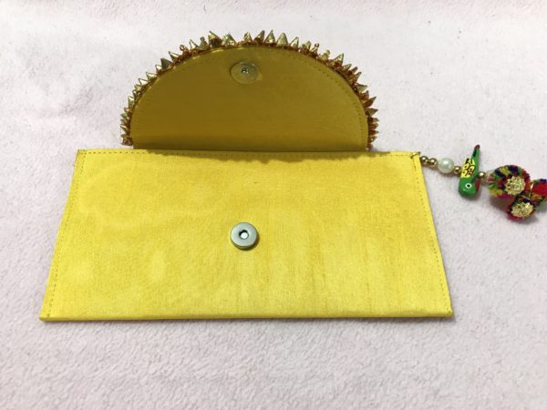 Yellow Parrot Gota Shagun Envelope 2